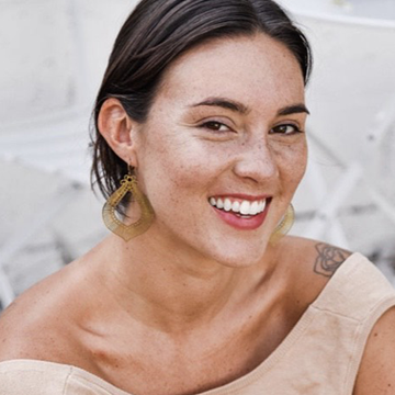 Larissa Mundweiler, Licensed Esthetician at Sesen